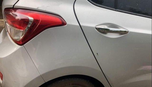 Cần bán lại xe Hyundai Grand i10 năm sản xuất 2016, màu bạc, xe nhập