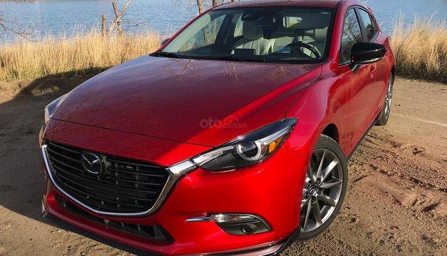 Bán Mazda 3 giảm giá sốc, ưu đãi cực hấp dẫn, chỉ 180 triệu nhận xe ngay