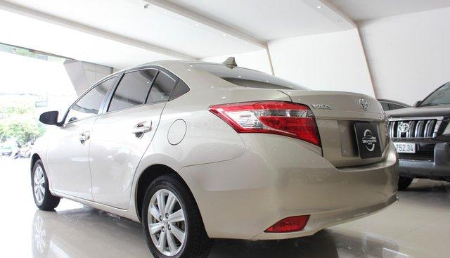 Bán ô tô Toyota Vios LX đời 2017, màu vàng cát, giá tốt