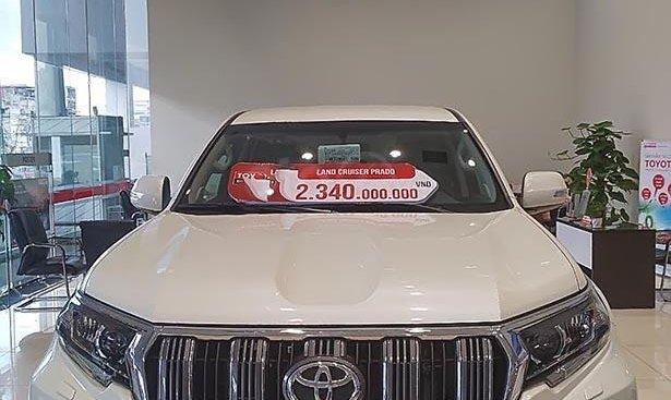 Bán Toyota Prado VX 2.7L 2019, màu trắng, nhập khẩu
