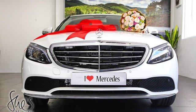 [ Đà Lạt] Bán xe Mercedes C200 Exclusive 2019 ưu đãi thuế trước bạ 10% đủ màu, giao ngay, LH 0987313837