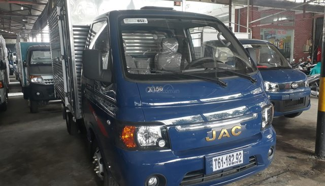 Bán xe tải JAC 1t25 thùng kín trả trước 40 triệu nhận xe