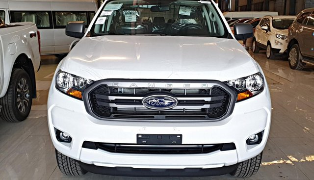 Ford Ranger MT, 2019 tặng, lót thùng, camera hành trình, trả trước 120 triệu nhận ngay xe, ngân hàng hỗ trợ 80%