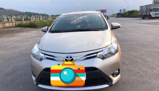 Bán Toyota Vios đời 2017, màu vàng cát, xe nhập