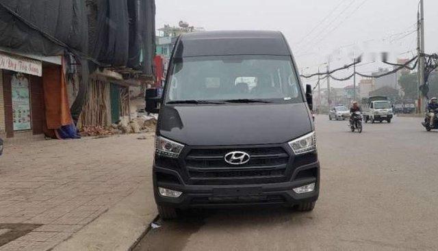 Bán Hyundai Solati đời 2019, màu đen, 16 chỗ