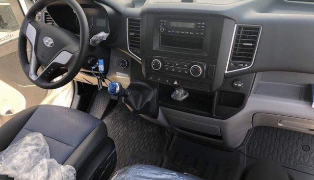 Bán Hyundai Solati đời 2018, màu xám giá cạnh tranh