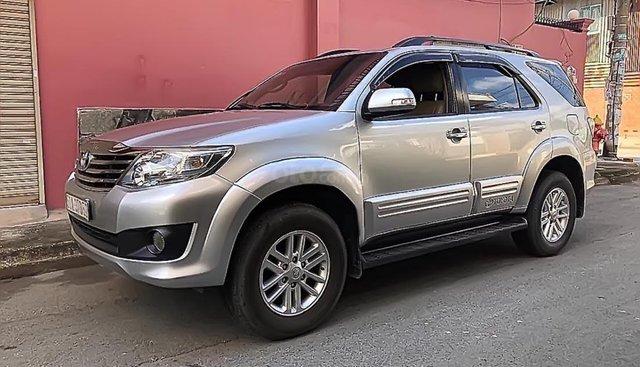 Bán Toyota Fortuner sản xuất 2012, màu bạc