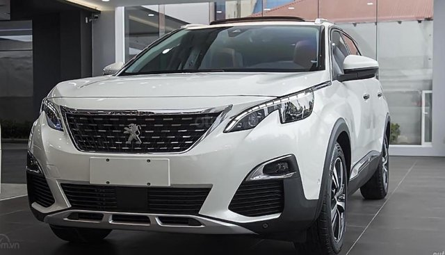 Bán Peugeot 5008 1.6 AT 2019, màu trắng