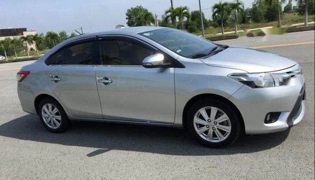 Bán Toyota Vios E 2016 số sàn, odo 3,9 vạn