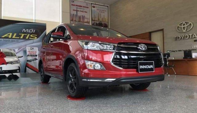 Bán ô tô Toyota Innova đời 2019, màu đỏ, giá 843tr