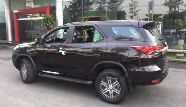 Bán ô tô Toyota Fortuner sản xuất 2019, màu đen, xe nhập