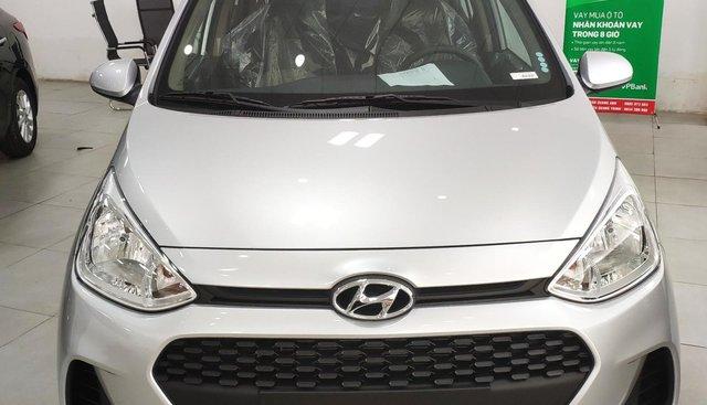 Bán Hyundai Grand i10 năm sản xuất 2019, màu bạc