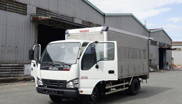 Issuzu 2.9 tấn thùng kín 4m3 đời 2019, xe có sẵn giao ngay