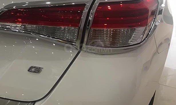 Bán Toyota Vios năm sản xuất 2018, màu trắng như mới, 590 triệu