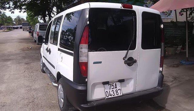Cần bán Fiat Doblo 1.6 đời 2004, màu trắng