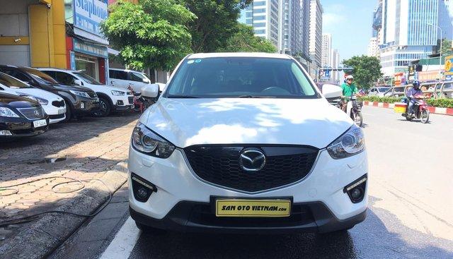 Bán xe Mazda CX 5 2.0 sản xuất năm 2015, màu trắng chính chủ