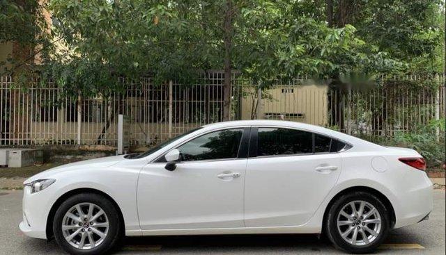 Bán Mazda 6 sản xuất 2016, đăng ký 8/2016, màu trắng