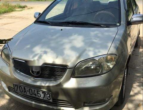 Cần bán Toyota Vios 1.5G đời 2004, màu vàng số sàn