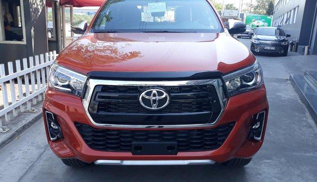 Bán Toyota Hilux phiên bản 2019 trả góp tại Hải Dương