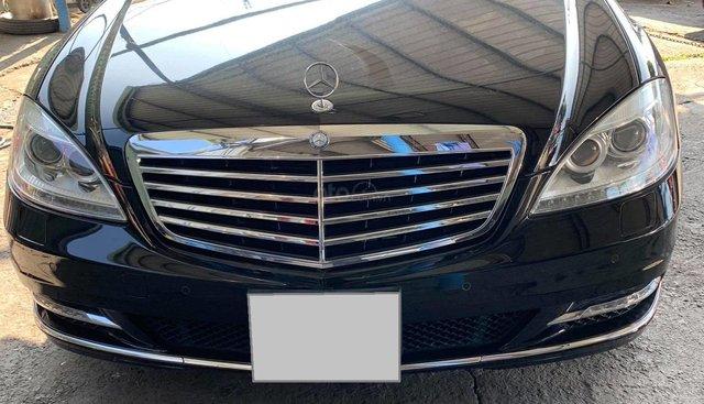 Cần bán xe Mercedes S400 model 2012, màu đen