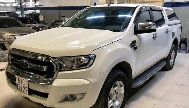 Bán xe Ford Ranger XLT 2 cầu số sàn, đời 2016, màu trắng, xe nhập Thái Lan