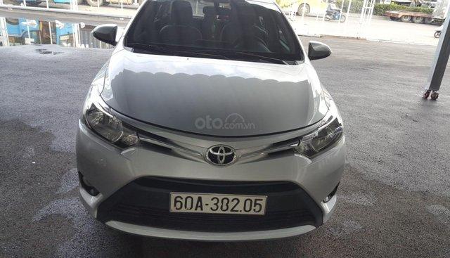 Bán Toyota Vios E 1.5AT màu bạc, số tự động, sản xuất 2017, xe chạy lướt