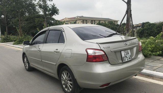 Bán xe Toyota Vios năm 2010, màu bạc