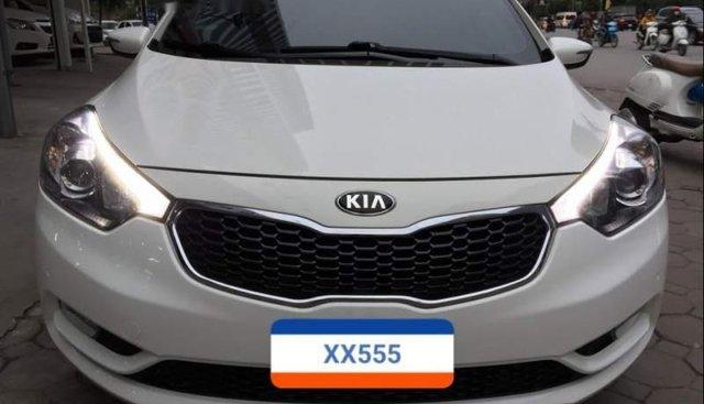 Bán Kia K3 sản xuất 2014, màu trắng, nhập khẩu