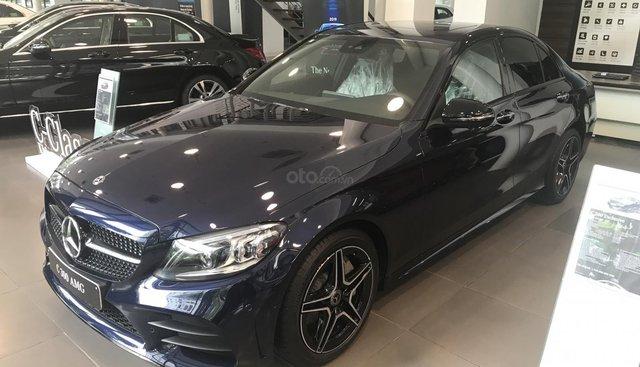 Bán xe Mercedes C300 AMG năm sản xuất 2019 đủ màu, hỗ trợ vay 90% lãi suất thấp, LH 0936980038