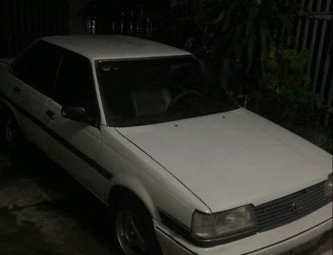 Bán xe Toyota Corona sản xuất 1987, màu trắng, nhập khẩu