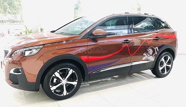 Cần bán xe Peugeot 3008 1.6 AT sản xuất năm 2019, màu nâu