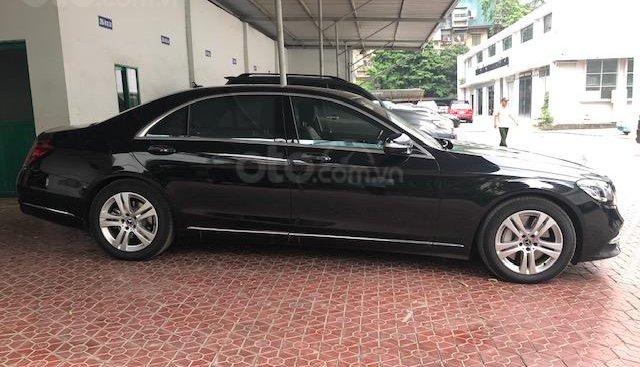Cần bán Mercedes S450L sản xuất 2018, màu đen