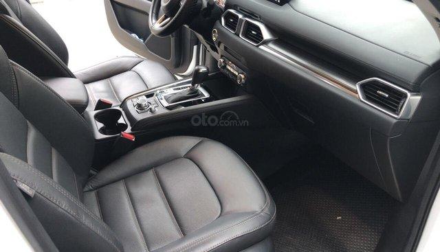 Bán Mazda CX5 2.5AT AWD màu trắng camay, số tự động, sản xuất 2018 đi 26000km