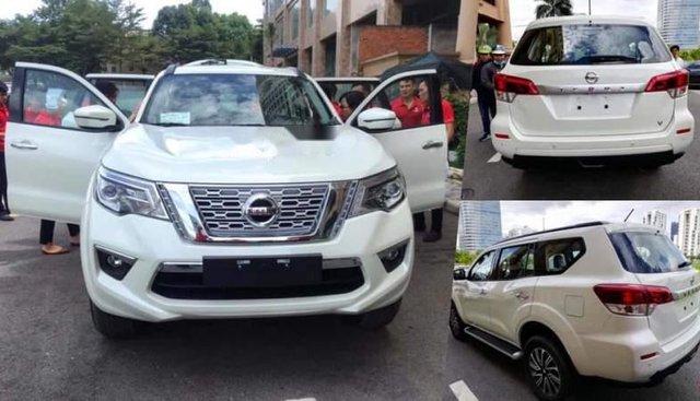 Bán xe Nissan Terra S 2.5L 2WD 6MT 2019, màu trắng, xe nhập