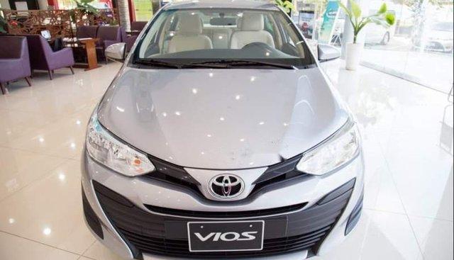 Bán ô tô Toyota Vios E năm 2019, màu bạc