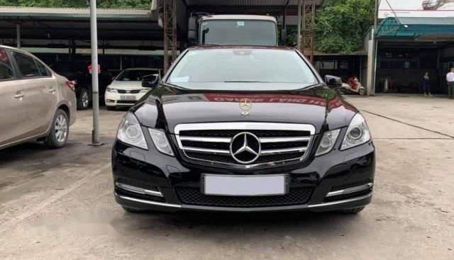 Cần bán lại xe Mercedes E300 sản xuất 2010, màu đen, xe nhập