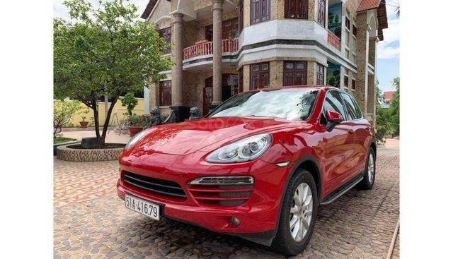 HCM: Porsche Cayenne 2013 - Trả trước chỉ từ 750 triệu