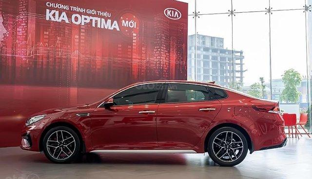 Bán ô tô Kia Optima 2.4 GT line sản xuất năm 2019, màu đỏ, giá 969tr