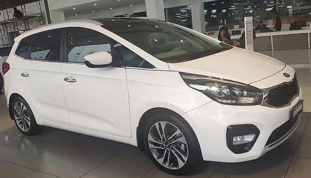 Bán Kia Rondo GAT 2019, màu trắng