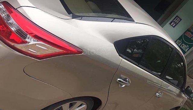 Cần bán lại xe Toyota Vios E năm 2015, màu vàng số tự động, giá chỉ 415 triệu