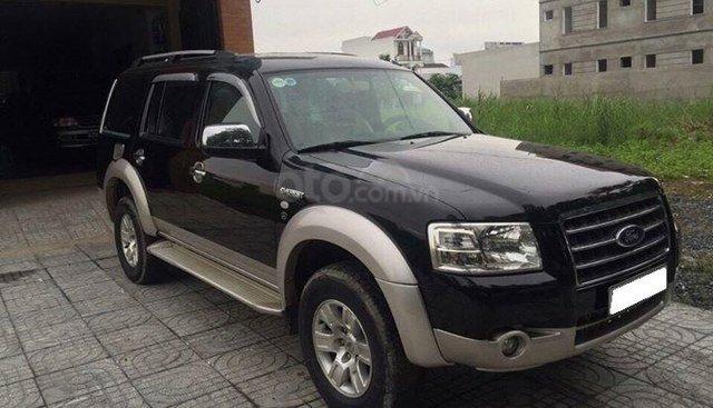 Cần bán xe Ford Everest 2009 số tự động màu đen, máy dầu