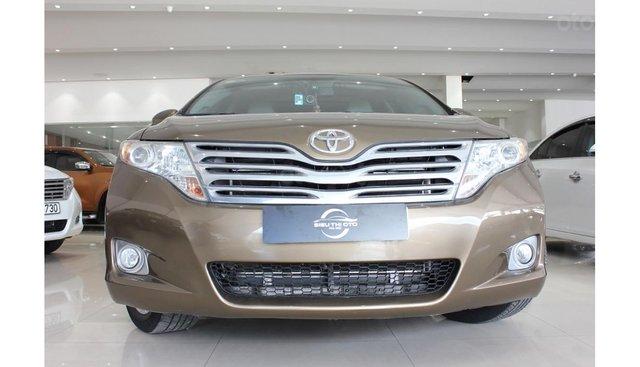HCM: Bán Toyota Venza 2.7 AT 2011, màu nâu, xe nhập