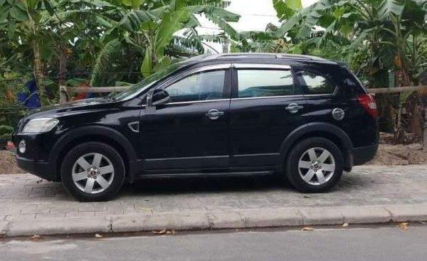 Bán Chevrolet Captiva năm sản xuất 2008, màu đen, xe nhập