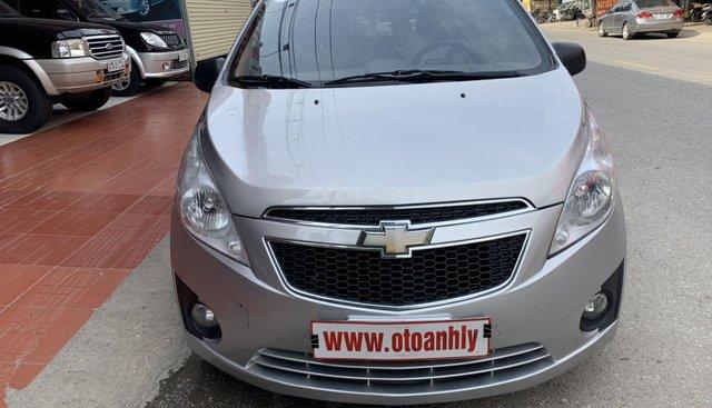 Bán Chevrolet Spark đời 2012, màu bạc, giá tốt