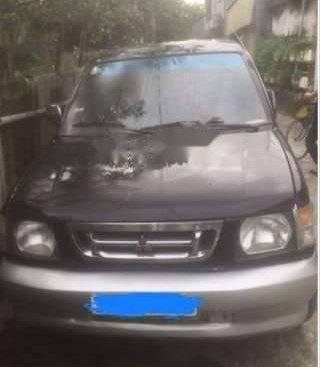 Bán Mitsubishi Jolie đời 2001, xe gia đình dang sử dụng không dịch vụ