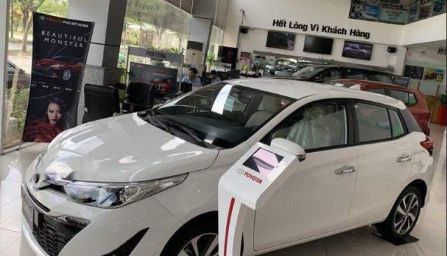 Cần bán Toyota Yaris CBU sản xuất 2019, màu trắng, nhập khẩu, 630tr