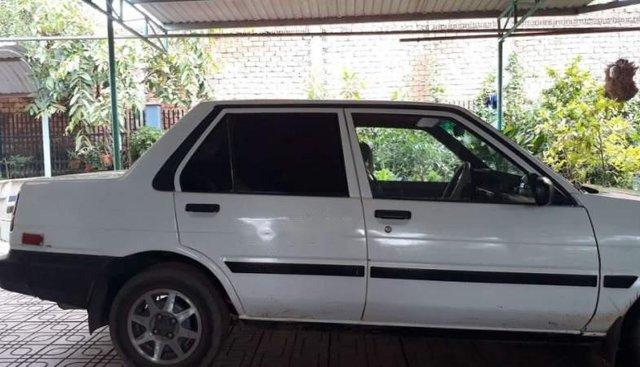 Bán Toyota Corolla đời 1990, màu trắng, nhập khẩu
