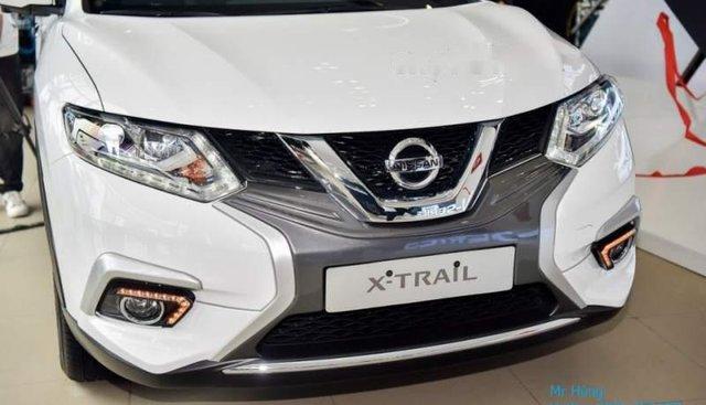 Bán Nissan X trail năm sản xuất 2019, màu trắng, giá chỉ 870 triệu