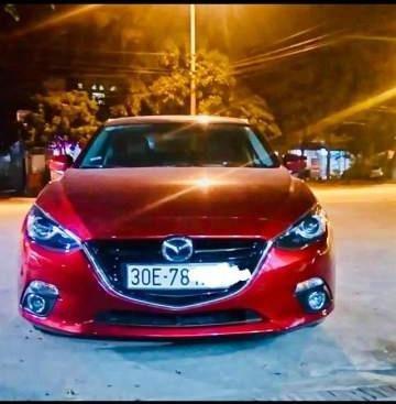 Bán Mazda 3 năm sản xuất 2017, màu đỏ, 700 triệu