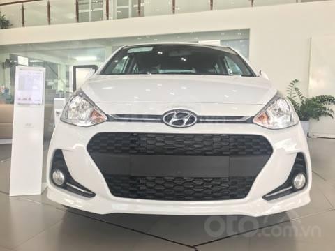Hyundai Grand i10, màu trắng, giá 394tr, giao ngay, khuyến mại khủng